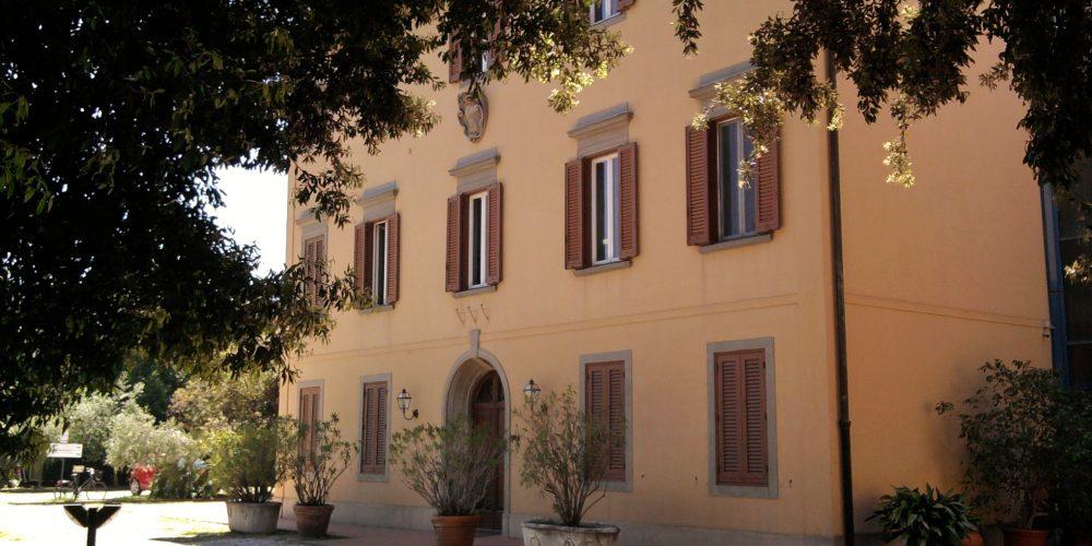 https://www.hotelcitta.it/wp-content/uploads/2018/10/Livorno_Villa_Henderson.jpg