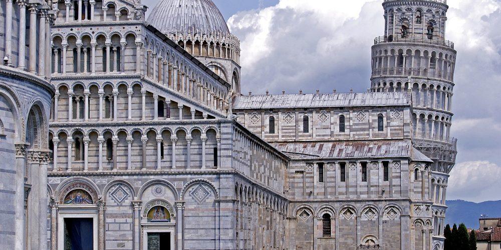 https://www.hotelcitta.it/wp-content/uploads/2018/10/architecture-3108306_1280.jpg