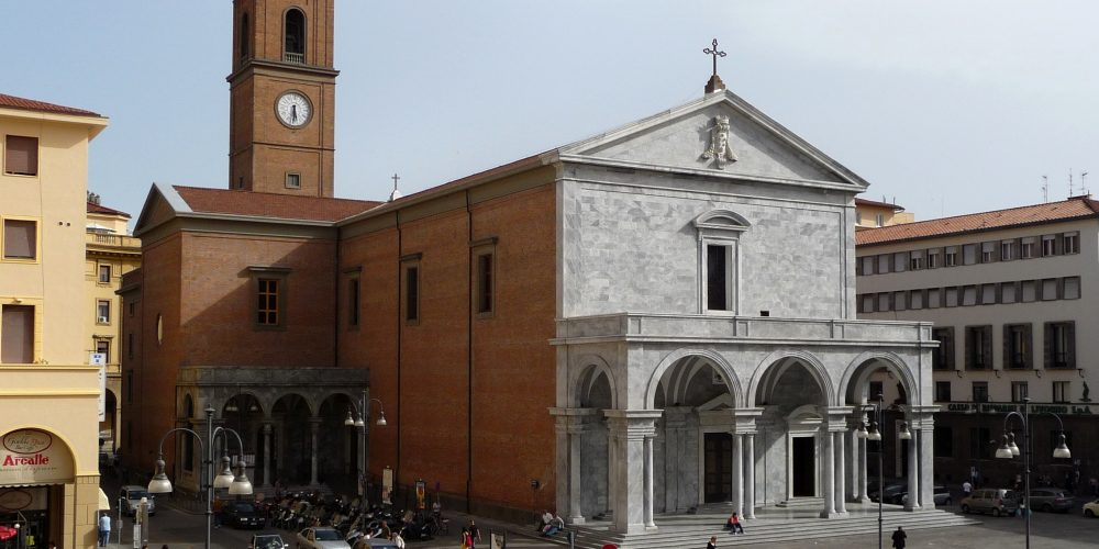 https://www.hotelcitta.it/wp-content/uploads/2018/10/Duomo_Livorno.jpg